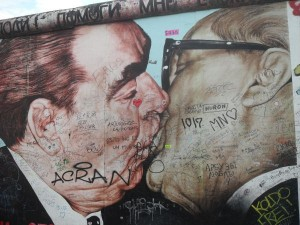 Graffiti - East Side Gallery